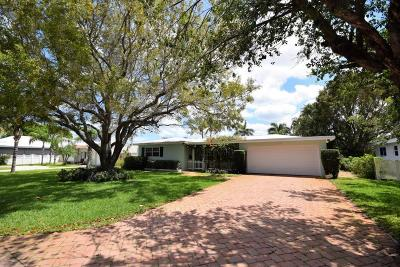 Delray Beach Single Family Home For Sale: 112 Heather Lane