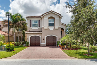 Boynton Beach Single Family Home For Sale: 8501 Calabria Lakes Drive