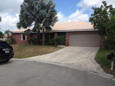Coral Springs Single Family Home Contingent: 5939 NW 52nd Street