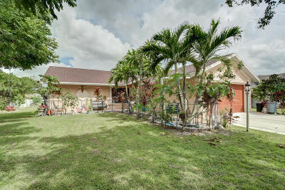 Port Saint Lucie Single Family Home For Sale: 1829 SW California Boulevard
