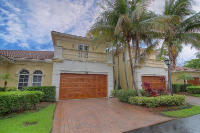 North Palm Beach Townhouse For Sale: 105 Renaissance Drive