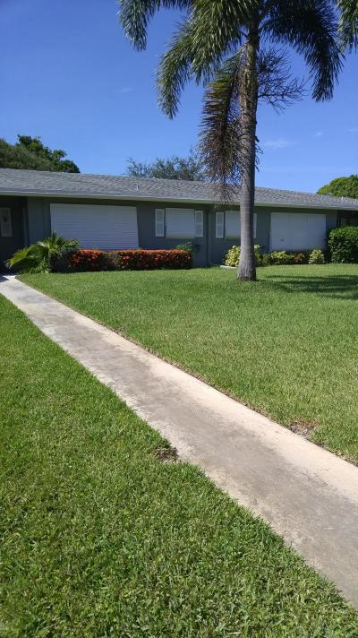 delray beach Single Family Home For Sale: 905 S Drive Terrace #B
