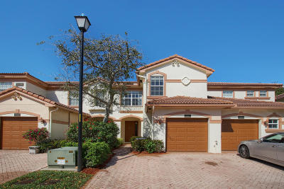 Delray Beach Townhouse For Sale: 16089 Poppyseed Circle #2007
