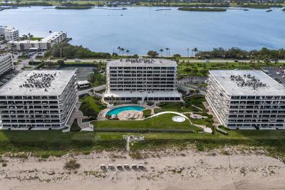 Palm Beach Condo For Sale: 2660 S Ocean Boulevard #204s
