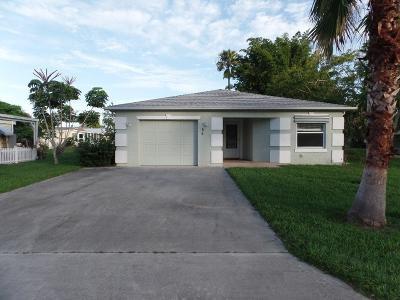 Port Saint Lucie Single Family Home For Sale: 55 Mediterranean Boulevard E