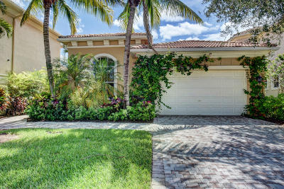 Palm Beach Gardens Single Family Home For Sale: 205 Andalusia Drive