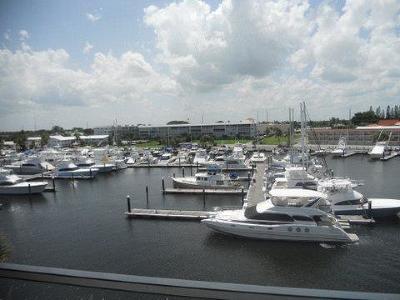 North Palm Beach Condo For Sale: 29 Yacht Club Drive #503