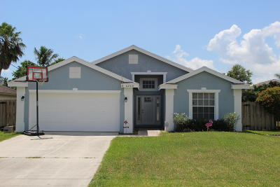 Jupiter Single Family Home For Sale: 6264 Lucerne Street