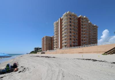 Highland Beach Condo Contingent: 4505 S Ocean Boulevard #1006