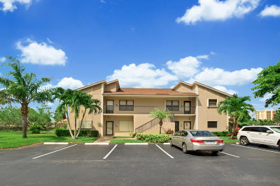 Jupiter Condo For Sale: 304 Clubhouse Circle