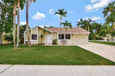 Jupiter Single Family Home Contingent: 6285 Launch Club Circle