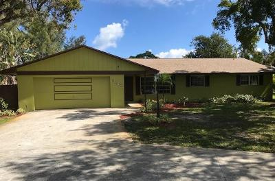 Lake Worth Single Family Home For Sale: 6080 Pine Drive
