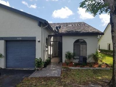 Tamarac Single Family Home For Sale: 8206 NW 100th Lane