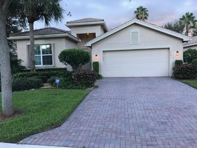 Boynton Beach Single Family Home For Sale: 10841 Deer Park Lane