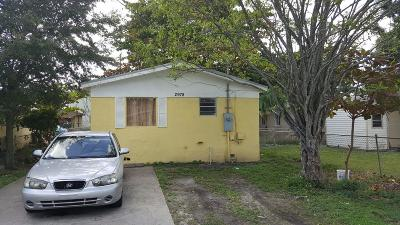 Miami Single Family Home For Sale: 2978 NW 55th Street