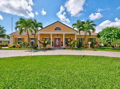 Atlantis Single Family Home For Sale: 209 Country Club Drive