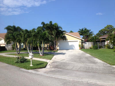 Lantana Single Family Home For Sale: 1338 W Indies Way