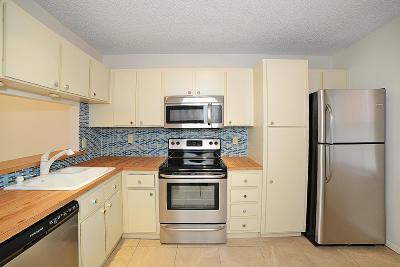 Boca Raton Single Family Home For Sale: 9941 Three Lakes Circle