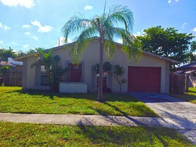 Boca Raton Single Family Home For Sale: 3761 NE 4th Avenue