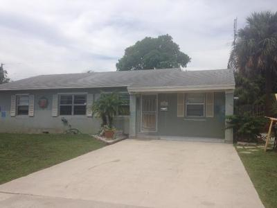 West Palm Beach Single Family Home For Sale: 6701 Lytle Ct