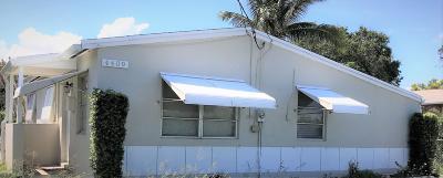 West Palm Beach Single Family Home For Sale: 4409 Pinewood Avenue