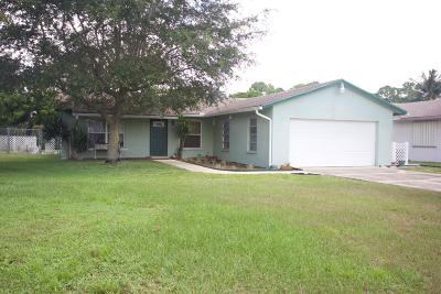Lake Worth Single Family Home For Sale: 3473 Chickasaw Circle