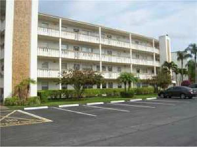 Boca Raton Condo For Sale: 1035 Newcastle B