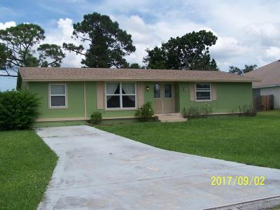 Port Saint Lucie Single Family Home For Sale: 1141 SE Preston Lane