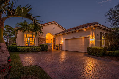Port Saint Lucie Single Family Home For Sale: 9532 SW Nuova Way