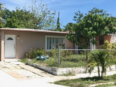 West Palm Beach Single Family Home For Sale: 951 39th Street