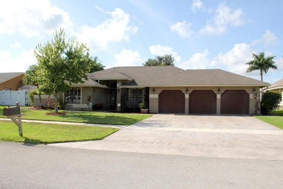 Wellington Single Family Home For Sale: 13770 Staimford Drive