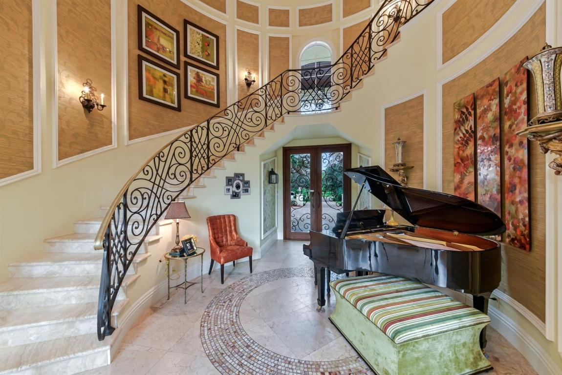 Listing: 7816 Steeplechase Drive, Palm Beach Gardens, FL.  MLS# RX 10365349    Fabian McCullon   561 262 3565   Palm Beach Gardens FL Homes For Sale