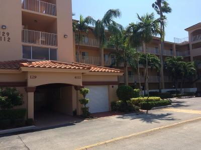 Delray Beach Condo For Sale: 6112 Huntwick Terrace #407