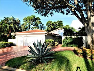 Boynton Beach Single Family Home For Sale: 40 Northwoods Lane
