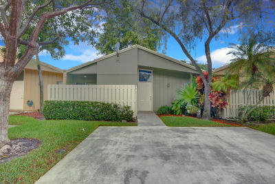 Boca Raton Single Family Home For Sale: 22291 Timberly Drive