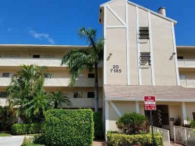 Delray Beach Condo For Sale: 7185 Huntington Lane #206