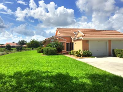Boynton Beach Single Family Home For Sale: 5823 Royal Lake Circle