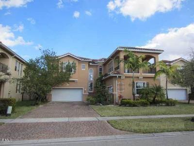West Palm Beach Single Family Home For Sale: 742 Cresta Circle