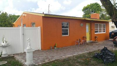 West Palm Beach Single Family Home For Sale: 2109 Tallahassee Drive NE