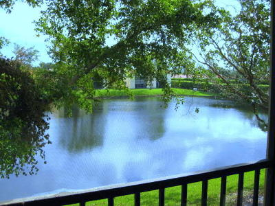 Delray Beach Condo For Sale: 15090 Ashland Place #174