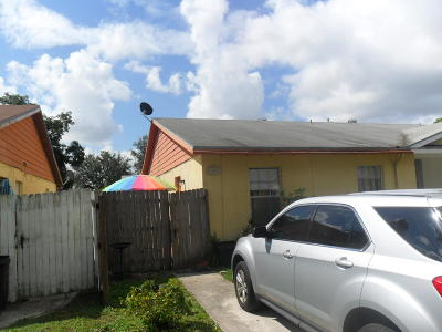 Greenacres Single Family Home Contingent: 5822 S 37th Court