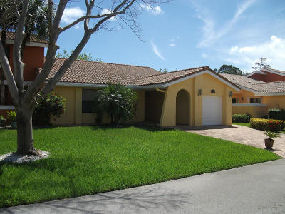 Boca Raton Single Family Home For Sale: 20966 Estada Lane