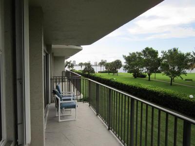 Lake Harbour Towers Condo Rental For Rent: 801 Lake Shore Drive #218