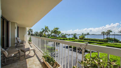 Palm Beach Condo For Sale: 3300 S Ocean Boulevard #207n
