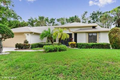 Delray Beach FL Single Family Home For Sale: $300,000