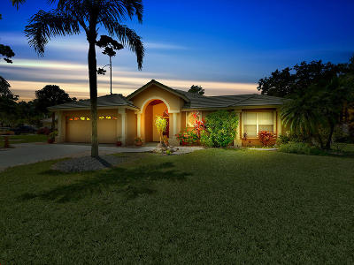 Royal Palm Beach Single Family Home For Sale: 300 Cypress Trace