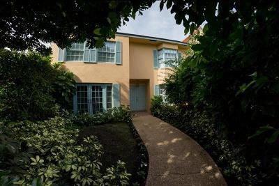 Palm Beach Condo For Sale: 200 Everglade Avenue #D