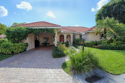 Boynton Beach Single Family Home For Sale: 18 Fairway Drive