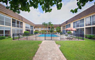 North Palm Beach Condo For Sale: 342 Southwind Drive #123