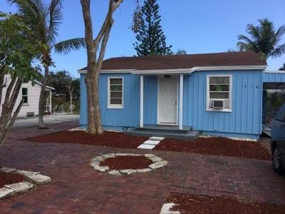 Lantana Single Family Home For Sale: 716 S Broadway